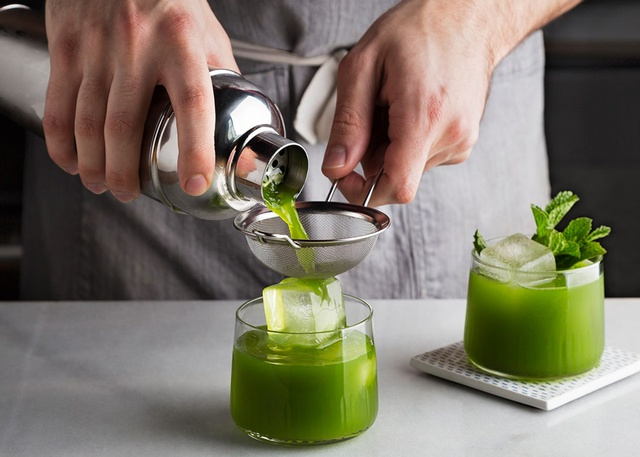 matcha gin cocktail